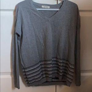 Sweaters - Vneck lightweight sweater